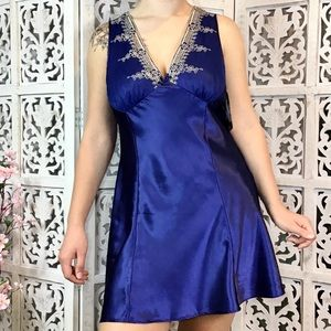 Cinema Etoile Blue Embroidered Chemise Lingerie Lg